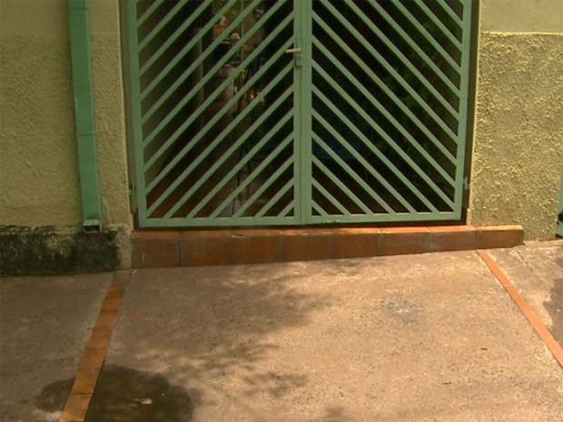 Casa no bairro Ipiranga, em Ribeirão Preto, SP (Foto: Reprodução/EPTV)