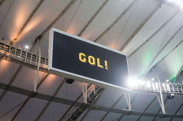 Um dos painéis eletrônicos do estádio do Maracanã. (Foto: Reprodução/Facebook)