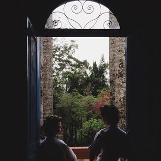 Monica Benini e a madrinha de seu casamento com Junior Lima (Foto: Reprodução/ Instagram)
