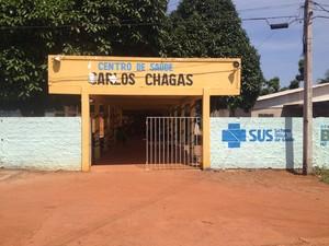 Centro de Saúde Carlos Chagas realiza atendimentos (Foto: Gilliard Oliveira/G1)