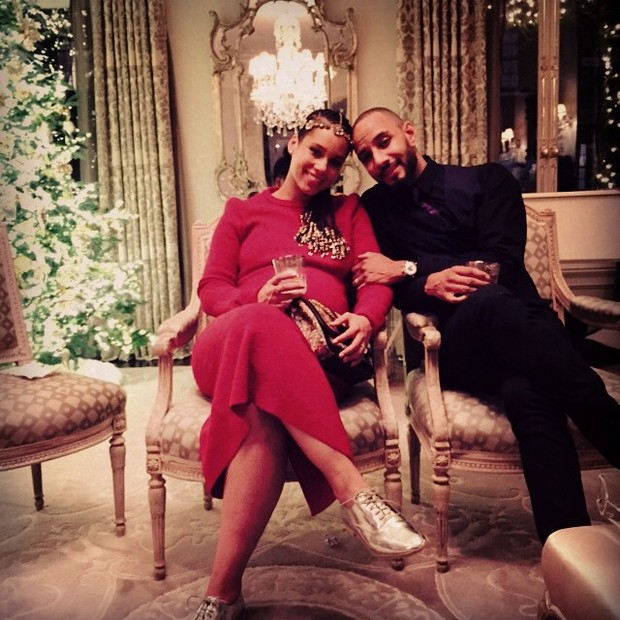 Alicia Keys com o marido, Swizz Beatz, em chá de bebê (Foto: Instagram/ Reprodução)