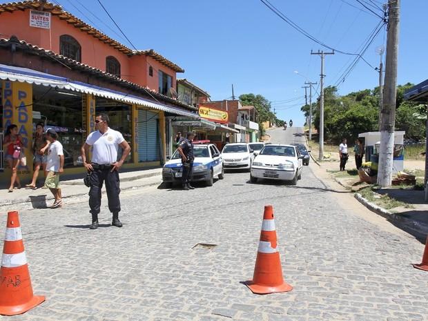 Prefeitura interdita praia da Tarturuga e orienta banhistas (Foto: Ronald Pantoja / Prefeitura de Búzios)