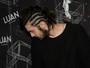 Luan Santana exibe novo visual em bastidores de show em São Paulo