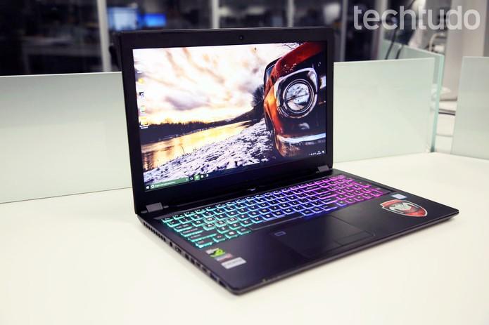 Notebook gamer tem design elegante e desempenho de desktop (Foto: João Gabriel Balbi/TechTudo)