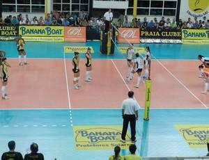 Praia Clube derrota o Minas no returno da Superliga 2011/2012 (Foto: Flávio Cortez / GLOBOESPORTE.COM)