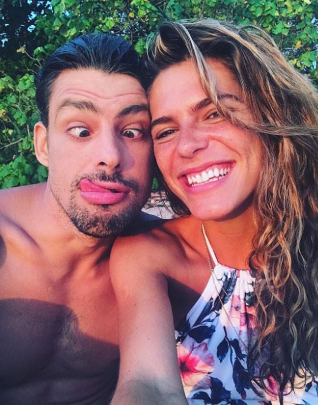 Cauã Reymond e Mariana Goldfarb (Foto: Reprodução)