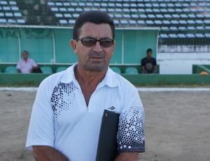 Antônio Carlos, o Totonho, técnico do Botafogo-PB (Foto: Lucas Barros / Globoesporte.com/pb)