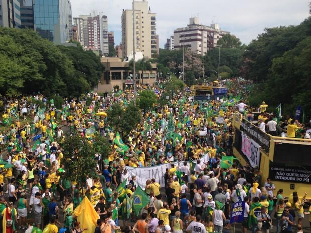 Manifestação Parcão Porto Alegre pró impeachment (Foto: Caetanno Freitas/G1)