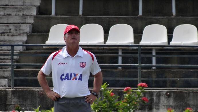 Mazola Júnior, técnico do CRB (Foto: Leonardo Freire/GloboEsporte.com)