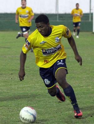 Jhonatan, atacante do Macaé (Foto: Tiago Ferreira/Divulgação)
