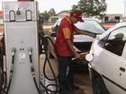 Após novo anúncio de redução, valor de gasolina e diesel não cai em Goiás