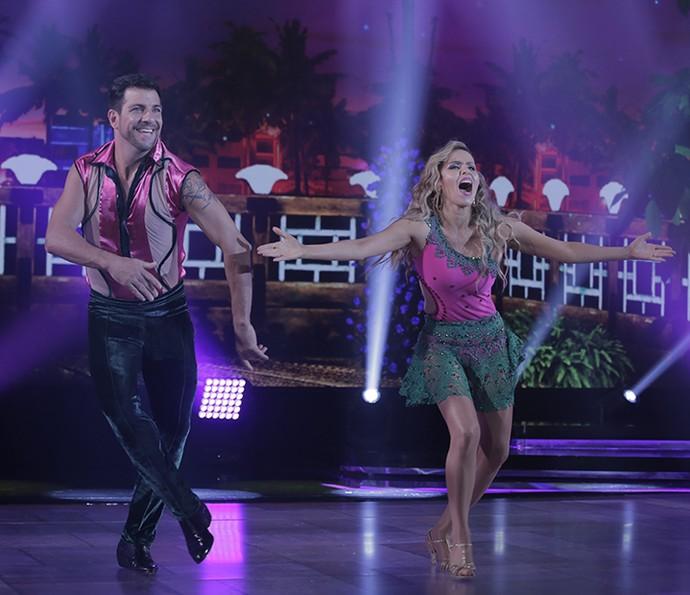 Leona Cavalli teve uma de suas melhores apresentações no 'Dança', mas não foi dessa vez. Ela e André Uzeda deixaram a competição (Foto: Artur Meninea / Gshow)