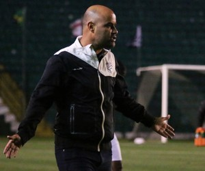 Cristian Souza técnico figueirense sub-20 (Foto: Luiz Henrique / FFC)