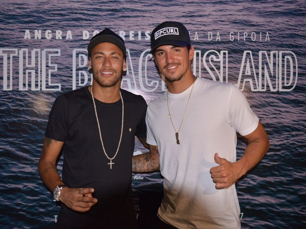 Neymar e Gabriel Medida em festa em Angra dos Reis, Costa Verde do Rio de Janeiro (Foto: Divulgação)