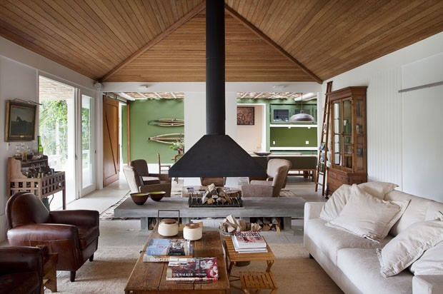 top 10 salas de estar com lareira casa vogue ambientes. Black Bedroom Furniture Sets. Home Design Ideas