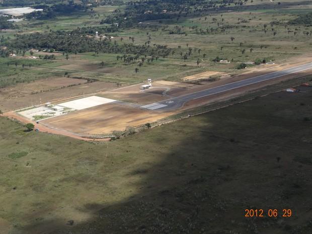 Aeroporto de São Benedito tem pista de 1,5 quilômetro (Foto: Governo do Estado/Divulgação)