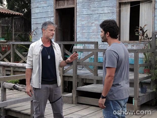 Kléber diz que William está livre (Foto: Além do Horizonte/TV Globo)