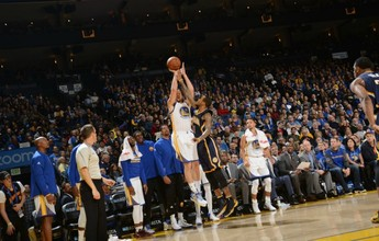 Fenomenal, Thompson marca 60 pontos, e Warriors sacodem Pacers