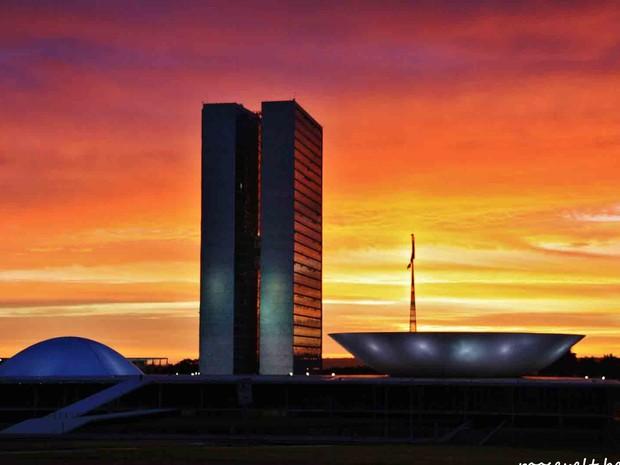 Céu de Brasília fotografado por internauta (Foto: Roosevelt Bessoni e Silva/VC no G1)