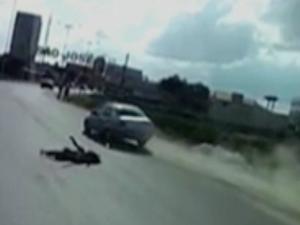 Motorista alcoolizado atropela mulher grávida na PE-90 em Surubim (Foto: Reprodução/TV Asa Branca)