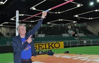Revolucionário para o salto em altura, Dick Fosbury torce por mais inovações