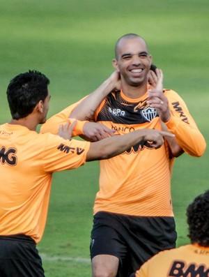 Diego Tardelli, Atlético-MG, treino, Cidade do Galo (Foto: Bruno Cantini / Site Oficial do Atlético-MG)