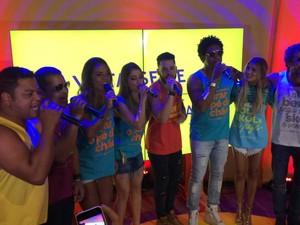 Artistas participaram de coletiva em Salvador (Foto: Alan Tiago Alves/G1)