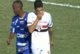 Gol perdido por Alexandre Pato é um dos garranchos do fim de semana