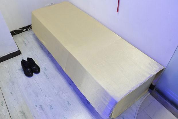 A terapia custa 2. mil iuans (R$ 664) (Foto: Sheng Li/Reuters)