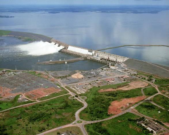 A Usina Hidrelétrica de Tucuruí foi inaugurada em 1984 e está localizada às margens do rio Tocantins, 350 km ao sul de Belém, capital do Pará (Foto: Divulgação)