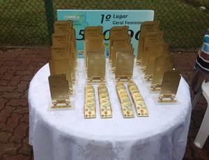 Todos os participantes que completarem a prova receberão medalha (Foto: Luís Filipe Pereira/GLOBOESPORTE.COM)