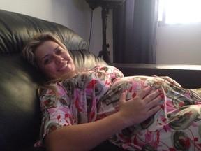 Aline Kezh, mulher de Rafael Ilha, grávida do segundo filho (Foto: Arquivo Pessoal)