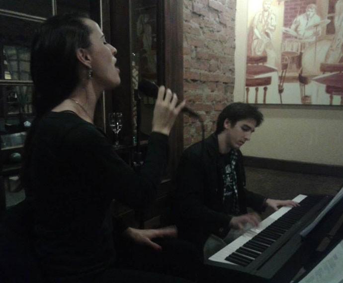 Allice tem um projeto de jazz com o marido (Foto: Arquivo Pessoal)
