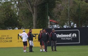 Sem definição de time, grupo do Inter enfrenta vendaval em volta aos treinos