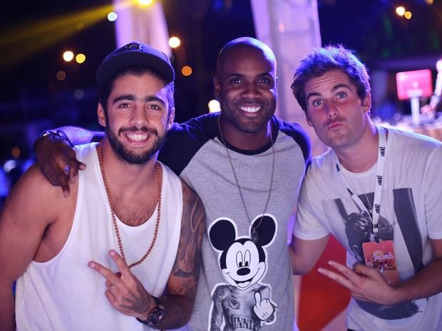 Pedro Scooby, Rafael Zulu e Thiago Gagliasso em festa na Zona Oeste do Rio (Foto: Marcos Samerson/ Agência We love Photo!/ Divulgação)