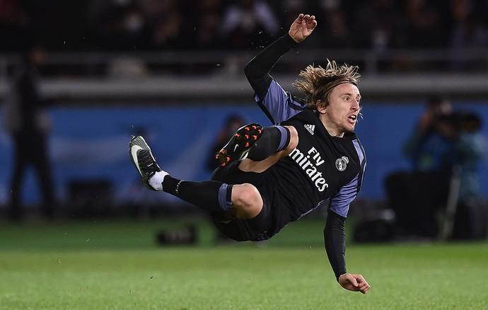Modric critica uso do árbitro de vídeo