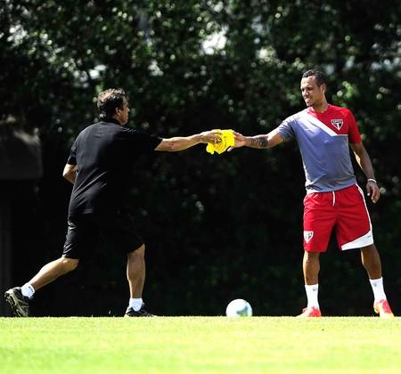 Luis Fabiano, Treino São Paulo (Foto: Marcos Ribolli)