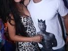 Fila andou? Ex-BBB Yuri curte noite no Rio abraçadinho com modelo