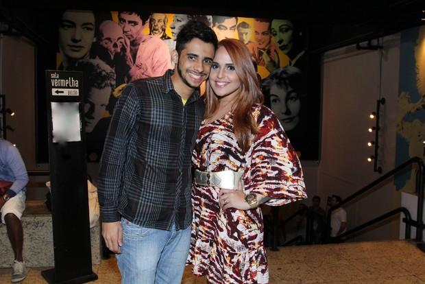 Perlla com o marido Cássio Castilhol (Foto: Alex Palarea/Ag News)