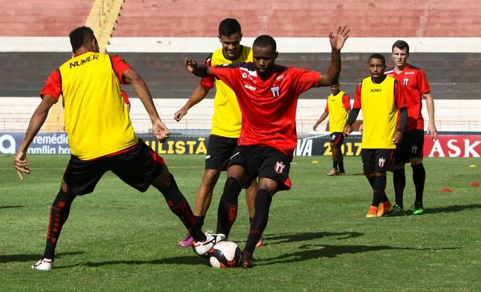 Marcão Silva, volante do Botafogo (Foto: Rogério Moroti/Ag. Botafogo)