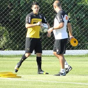 Josue Treino Atlético-mg (Foto: Léo Simonini)