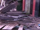 Motorista perde controle do carro bate muro e invade casa em Santarém