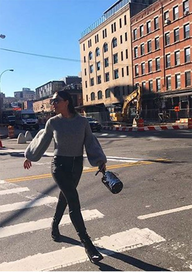 Juliana Paes investiu nos looks de rua para o passeio por Nova York (Foto: Divulgação / Instagram)