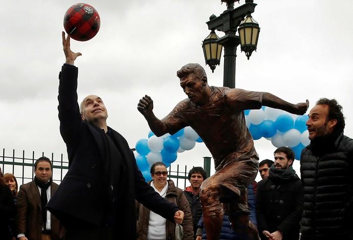 estátua de Messi em Buenos Aires (Foto: REUTERS/Marcos Brindicci)