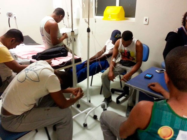 Trabalhadores passam mal após ingerirem água com oito ratos mortos na Bahia (Foto: Divulgação/Polícia Militar)