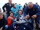 Astronauta russo volta à Terra após bater recorde de tempo no espaço