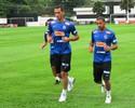 Reforço para 2013, Neto faz primeiro treino com elenco do Santos