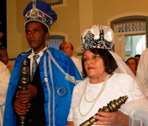 Corte deste ano é formada pelo rei Rael Mariano e rainha Maria Socorro Araújo (Foto: Bosco Araújo)