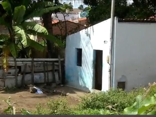 Local onde ocorreram os crimes era conhecido como ponto de venda de drogas em Nova Cruz (Foto: Reprodução/Inter TV Cabugi)