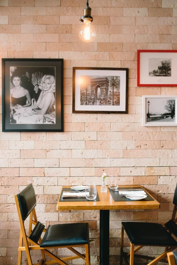 Detalhe. Do menu ao décor, muitas referências à França (Foto: Roberto Seba / Editora Globo)